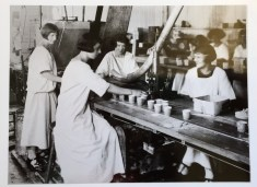 Dixie Cup Company Easton, Pennsylvania Plant Interior, around 1925. (Hugh Moore Dixie Cup Company Collection, Special Collections and College Archives, Skillman Library, Lafayette College.)
