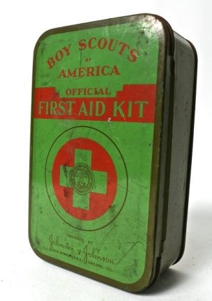80a1c9e1465e1cdb65d33426b609866b--vintage-boys-first-aid-kits